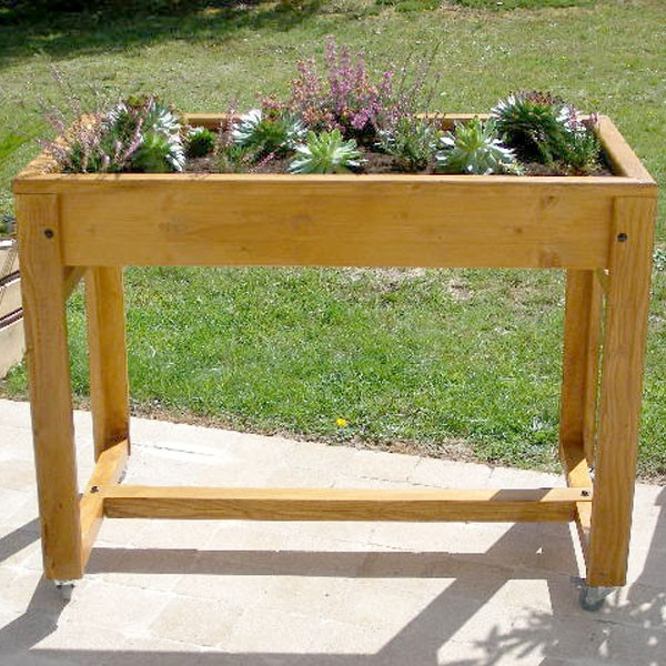potager en jardinire techniques diffrentes pour raliser. Black Bedroom Furniture Sets. Home Design Ideas